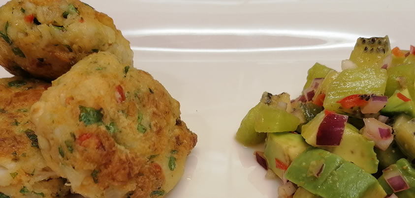 Crab Cakes with Kiwi and Avocado Salsa